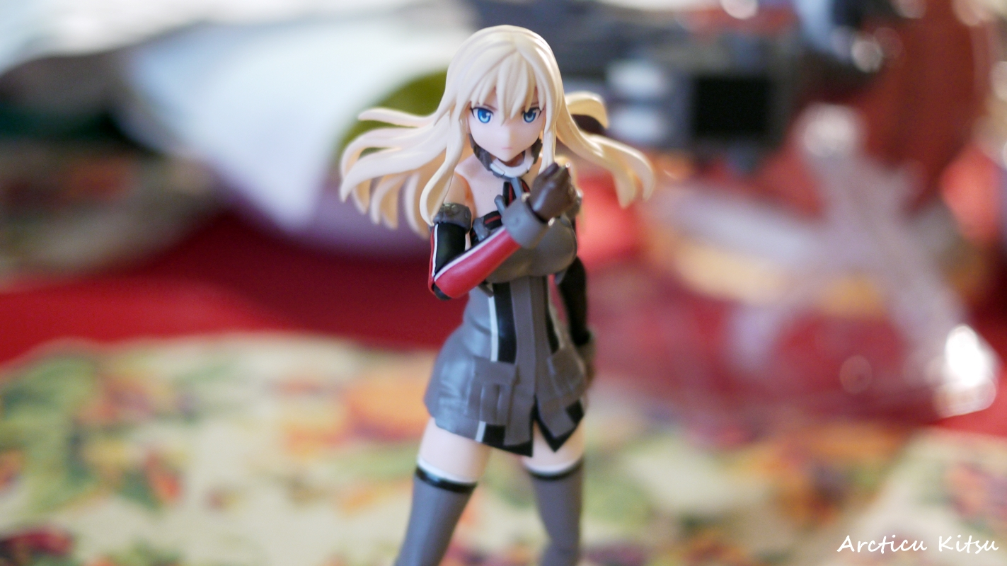 - Fighting pose for the mighty Bismarck! Power to the Bismarck :)