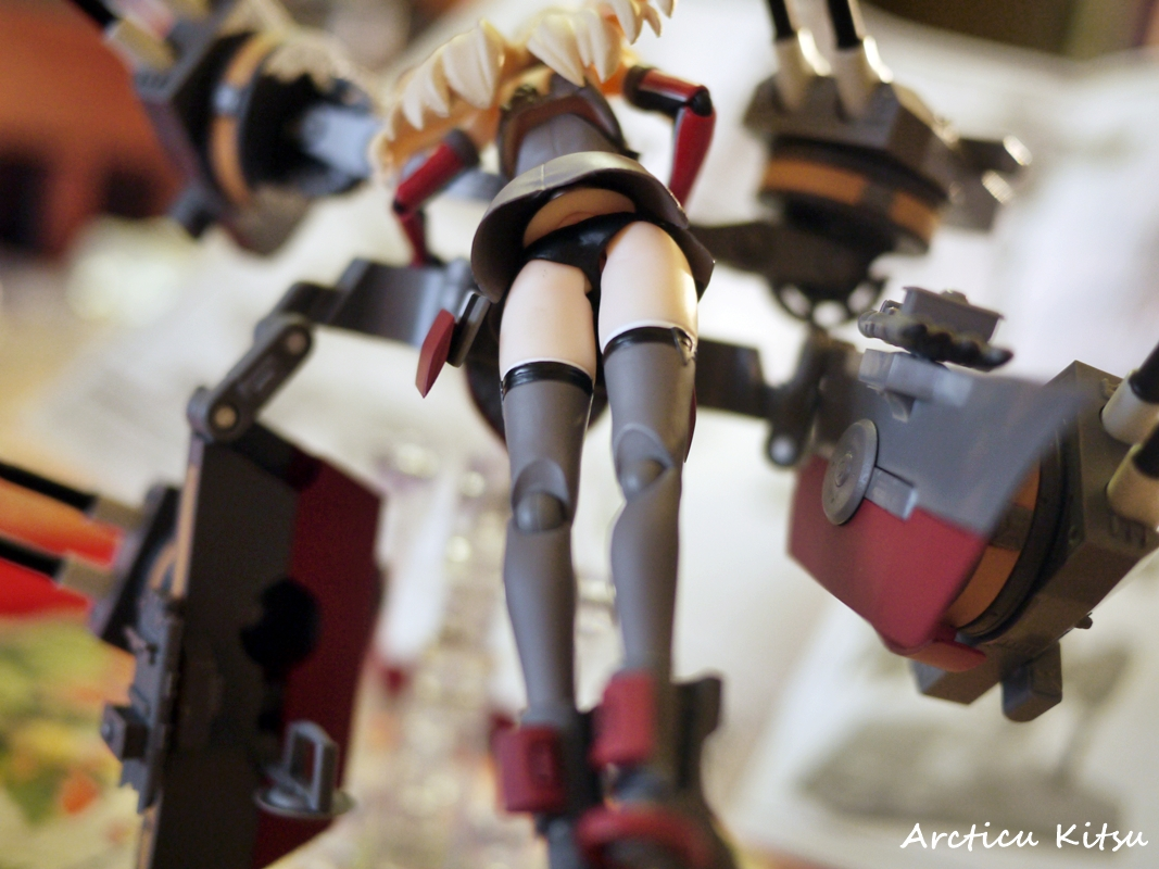 - Not to come off as perverted yet I feel robbed when it comes to her stern. Some preview images & professional Japanese blogging sites showed her to have ass cheeks, as well as a rounded ass. When I checked my own Bismarck I see.....Figma styled ass. I claim false advertisement & robbed.