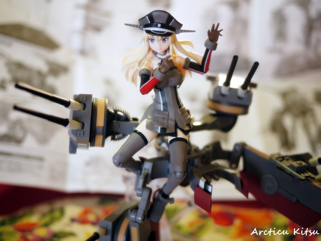 - The ability to change one's expressions in figure form is necessary. From normal, serious, embarrassed, & happy makes Bismarck awesome. Nice range of emotions.
