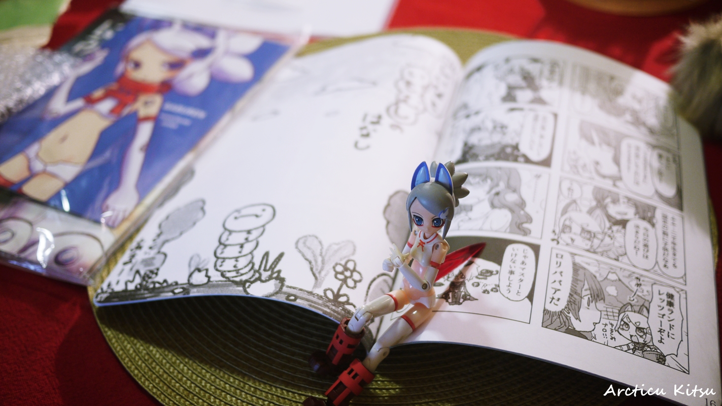 - Renge happily relaxing on a book full of comics. I sadly can't read it, yet it's amusing to see what others have done with both Renge & Gabrine. All the silly antics to be had.
